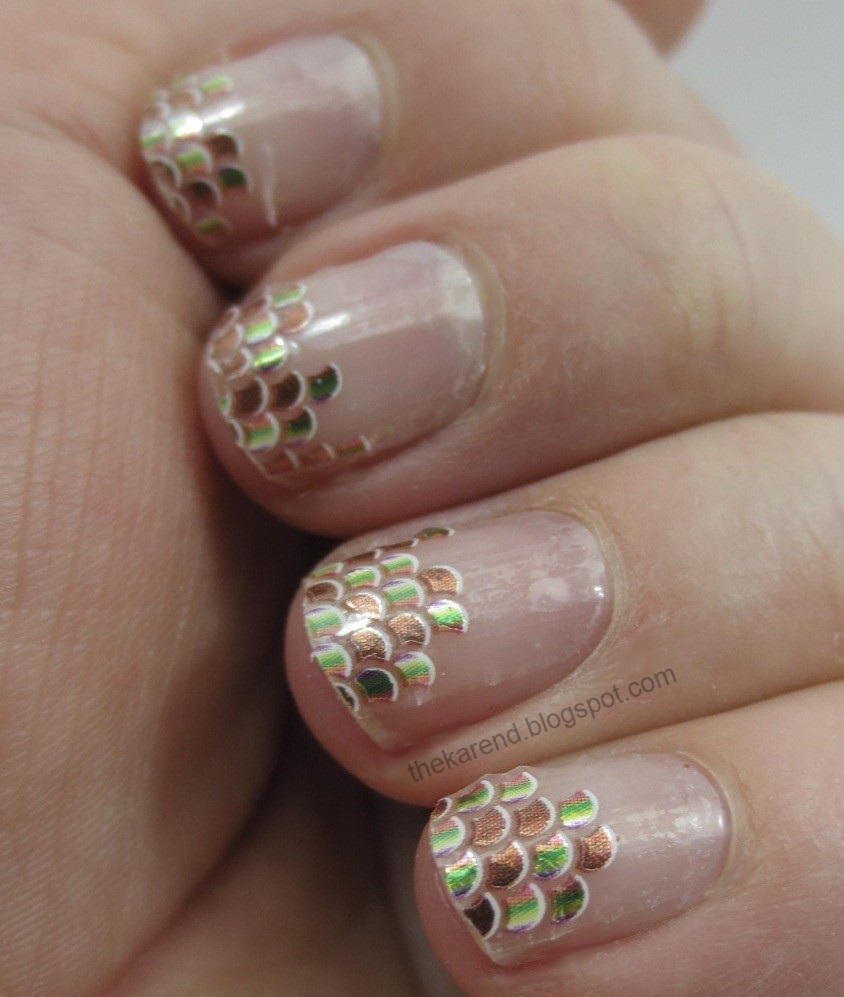 Frazzle and Aniploish: Recent NOTD: Nubbins and Art Club Glam Decals