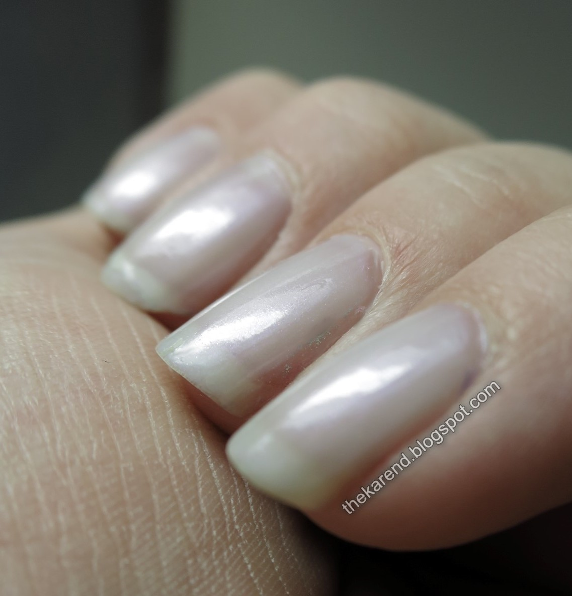 Frazzle and Aniploish: NOTD: Essie TLC and Sally Hansen Salon K ...