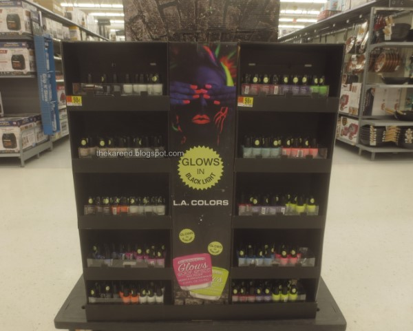 LA Colors Glows nail polish display
